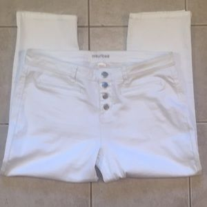 Maurice's White crop jeans